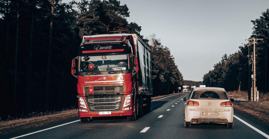 Entenda como otimizar o consumo de combustível de caminhões
