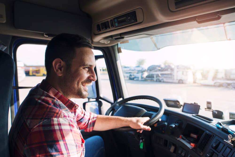 20 músicas de caminhoneiros para ouvir na estrada